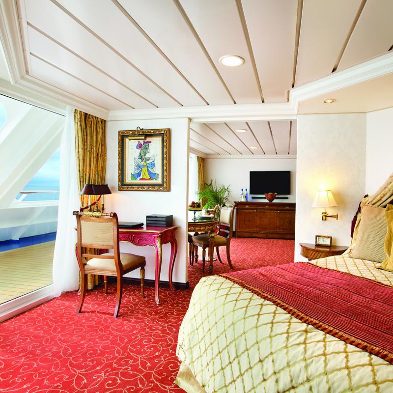 Owners Suite - Oceania Sirena