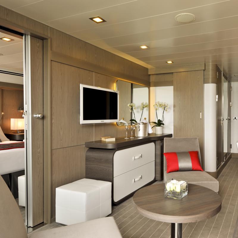 Prestige Suite with Balcony - Le Boreal