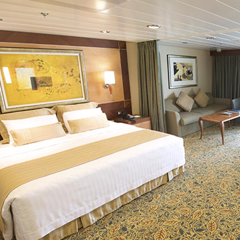 Suite Deluxe with Balcony - Pullmantur Sovereign