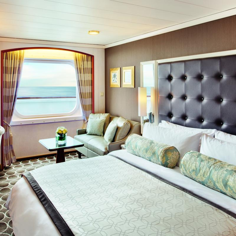 Deluxe cabin with Large Picture Window - Crystal Serenity