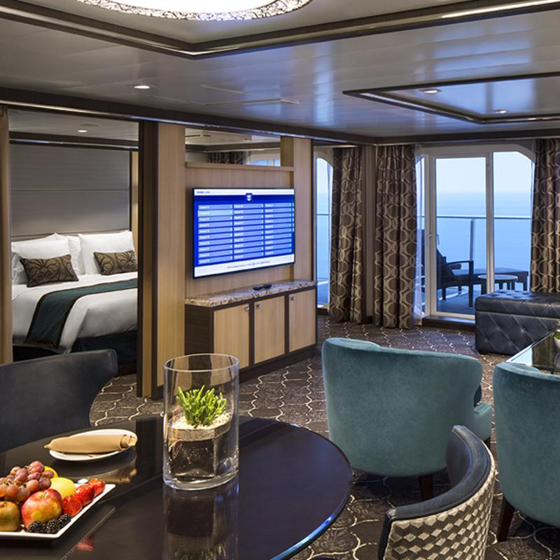 Owner's Panoramic Suite - 1 Bedroom - Allure of the Seas