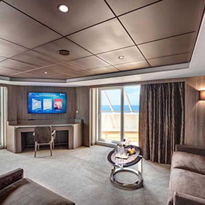Yacht Club Deluxe Suite-MSC Preziosa