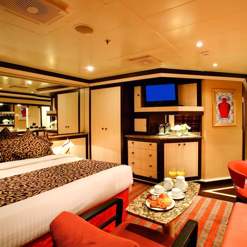 Samsara Suite with ocean view balcony - Costa Pacifica