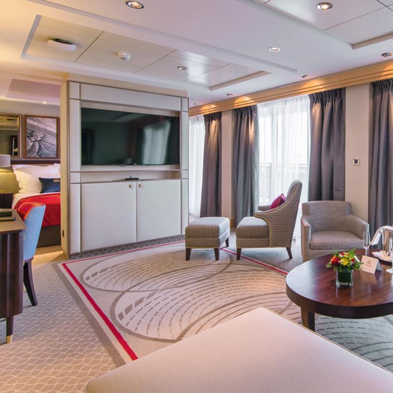 Penthouse - Cunard Queen Mary 2