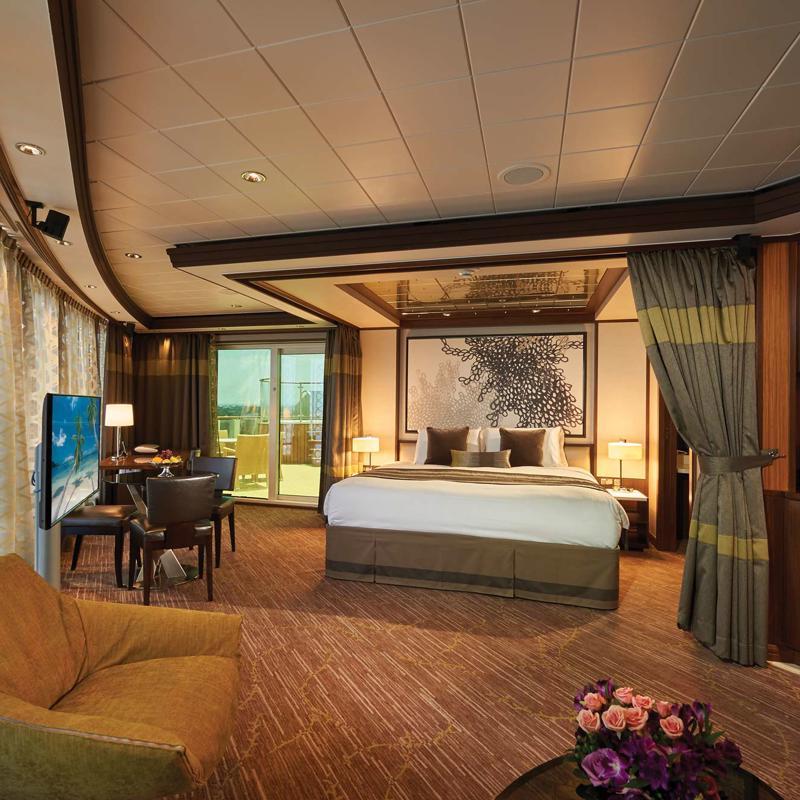 The Haven Deluxe Owner's Suite with Balcony-Norwegian Jade