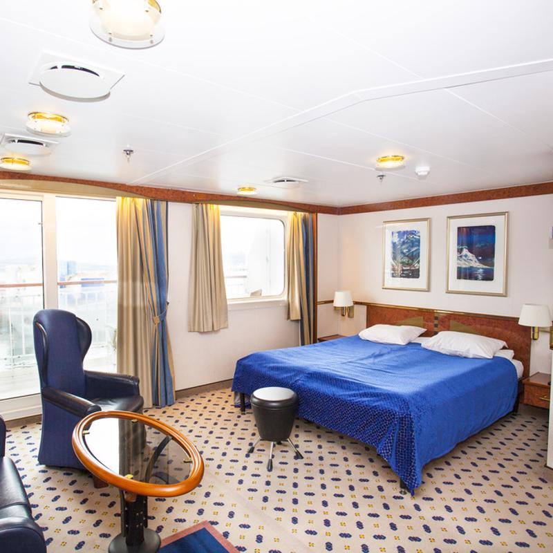 Expedition Grand Suite on Upper Deck - MS Finnmarken