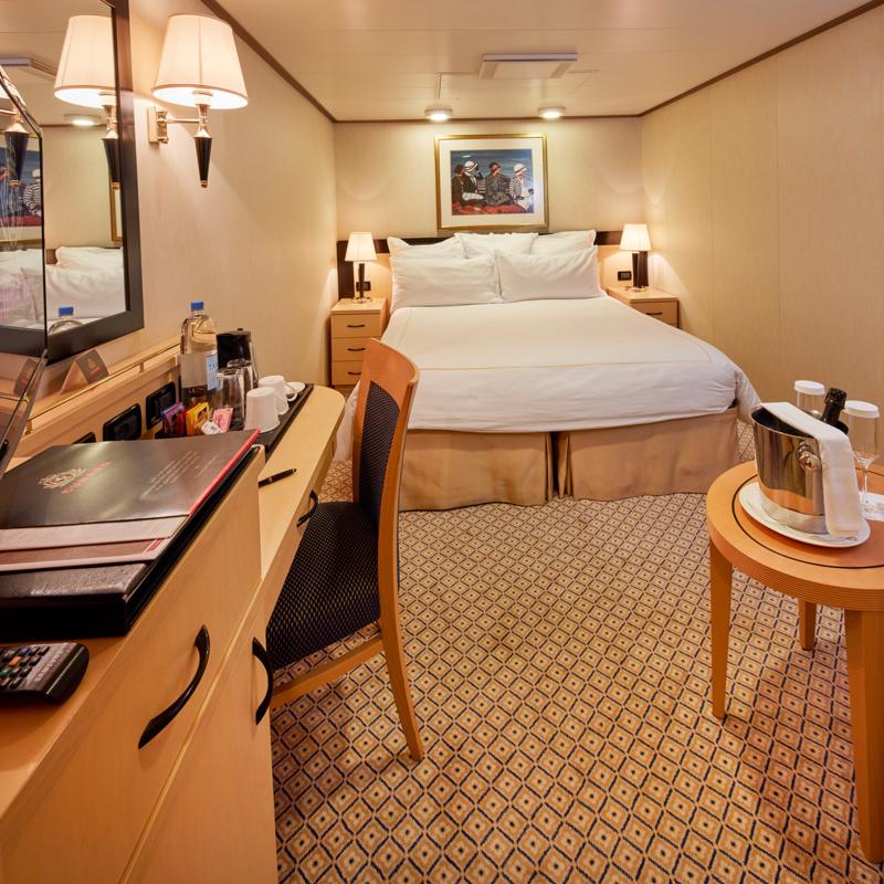 Direct Tv Satellite >> Cabins on Cunard Queen Elizabeth | IgluCruise