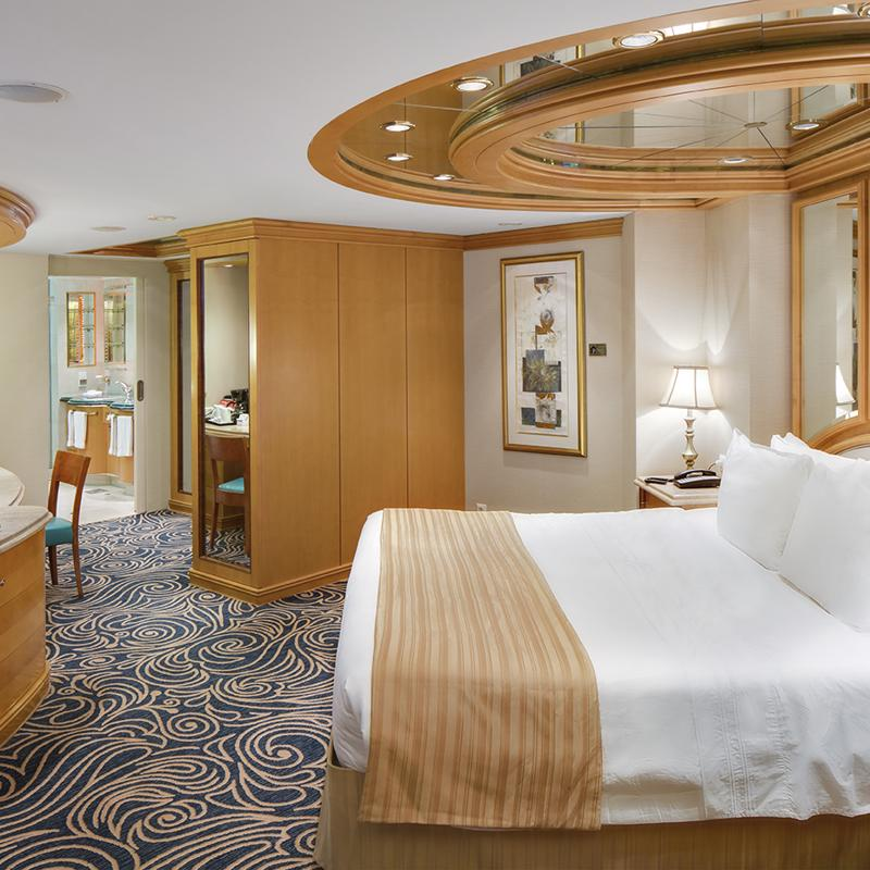 Royal Suite with Balcony - Grandeur of the Seas