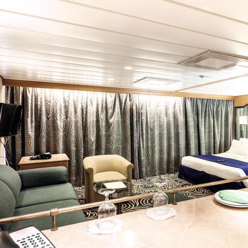 Grand Suite Cabin with Balcony - Marella Discovery