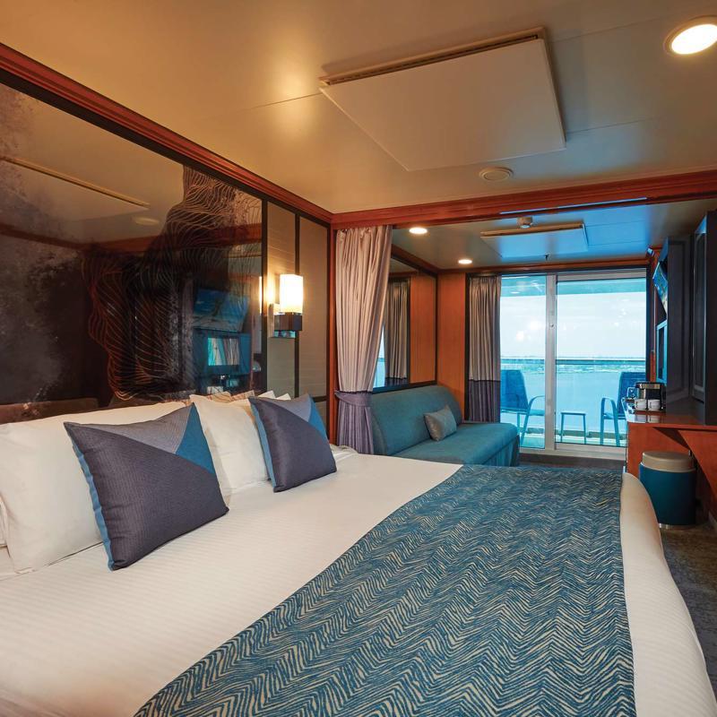 Aft-Facing Mini Suite with Balcony - Norwegian Jade