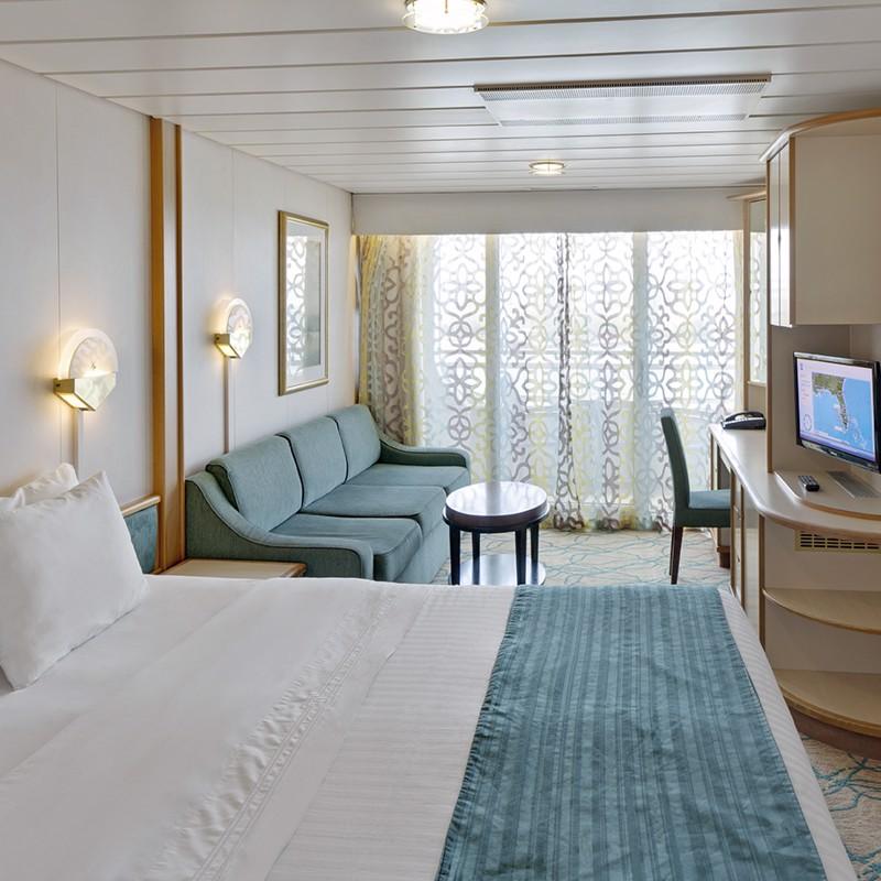 Ocean View Suite (No Balcony) - Grandeur of the Seas