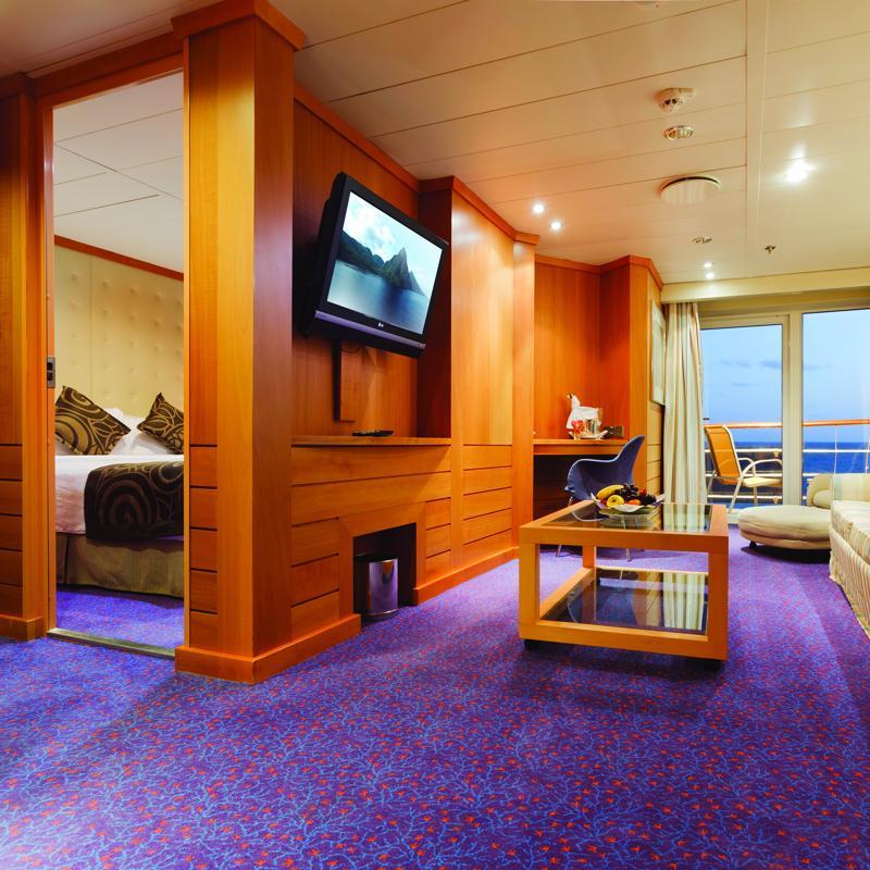 Grand Suite with balcony - Costa neoRiviera