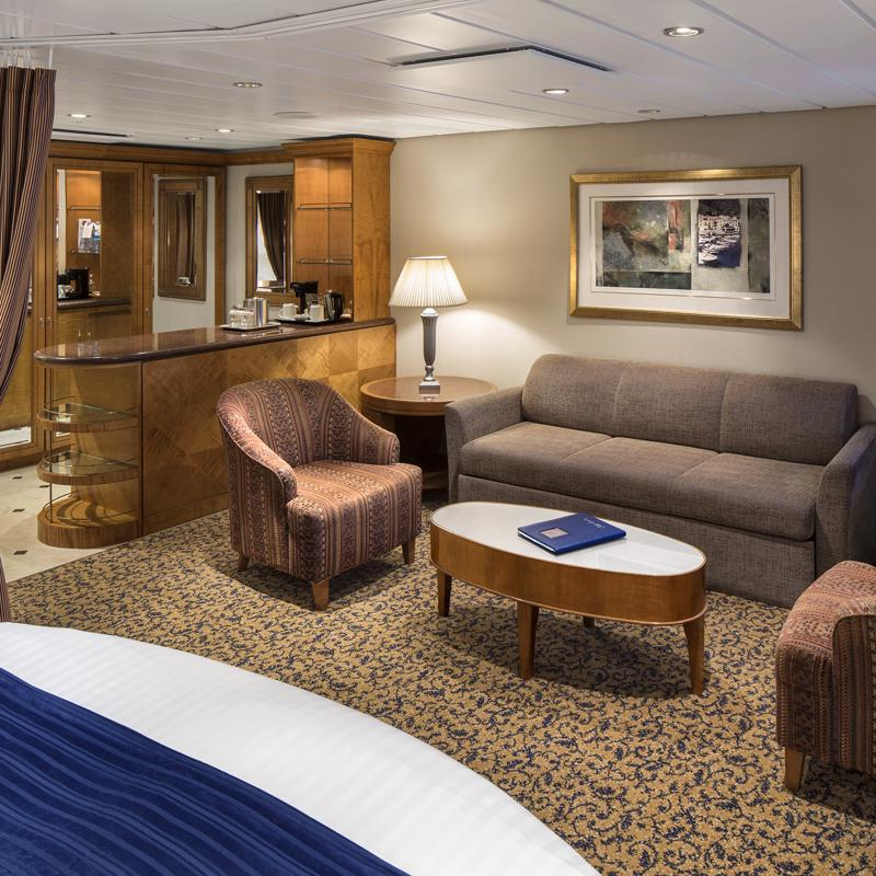 Grand Suite 1 Bedroom-Jewel of the Seas