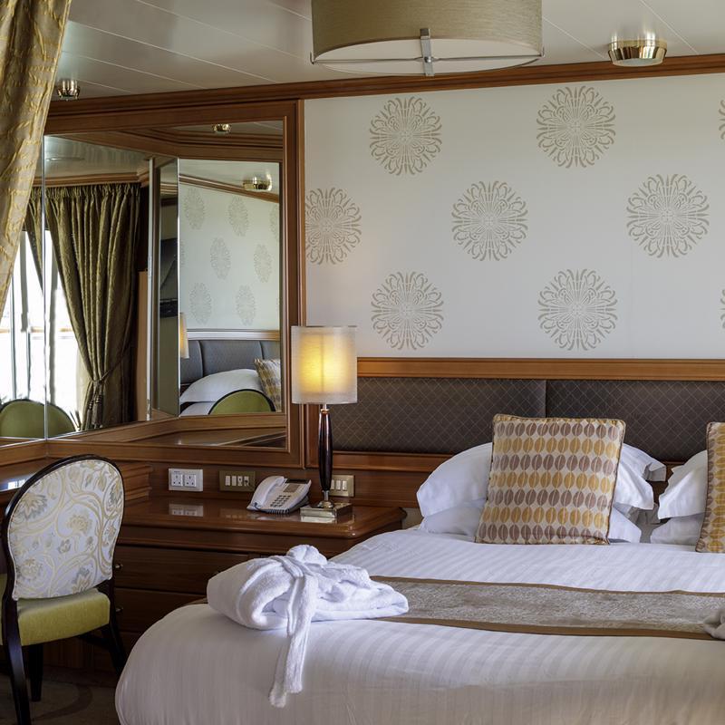 Penthouse Suite - P&O Azura