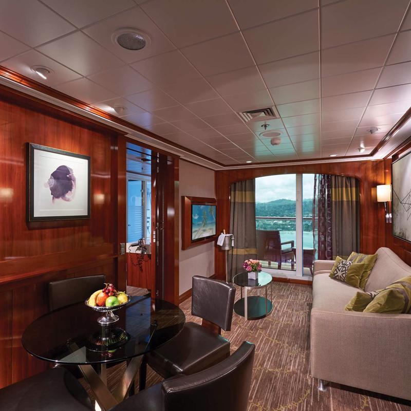 The Haven 2-Bedroom Family Villa with Balcony - Norwegian Jade