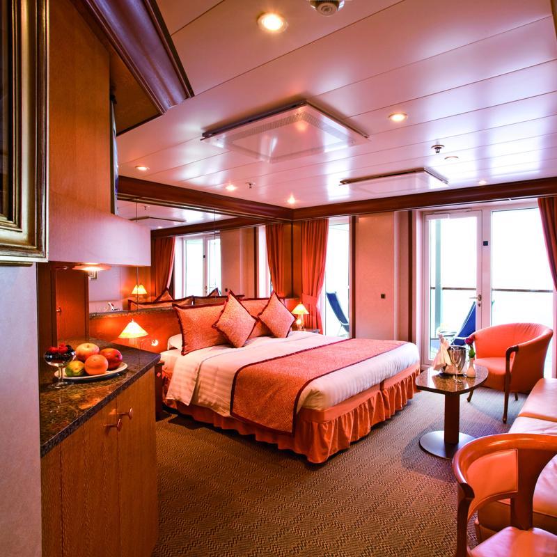 Panoramic Suite with balcony - Costa Mediterranea