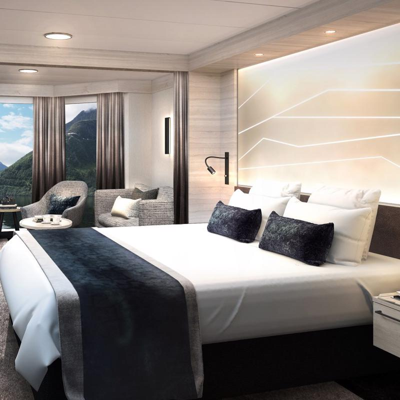 Expedition Owner's Suite-MS Maud