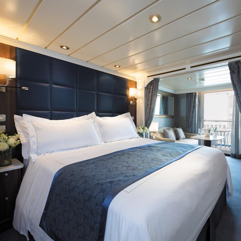 Deluxe Veranda Suite Regent Seven Seas Mariner