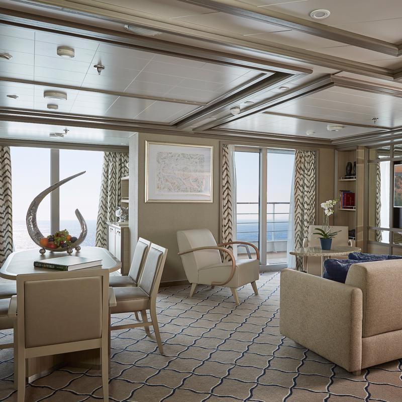 Owner's Suite - Silver Muse