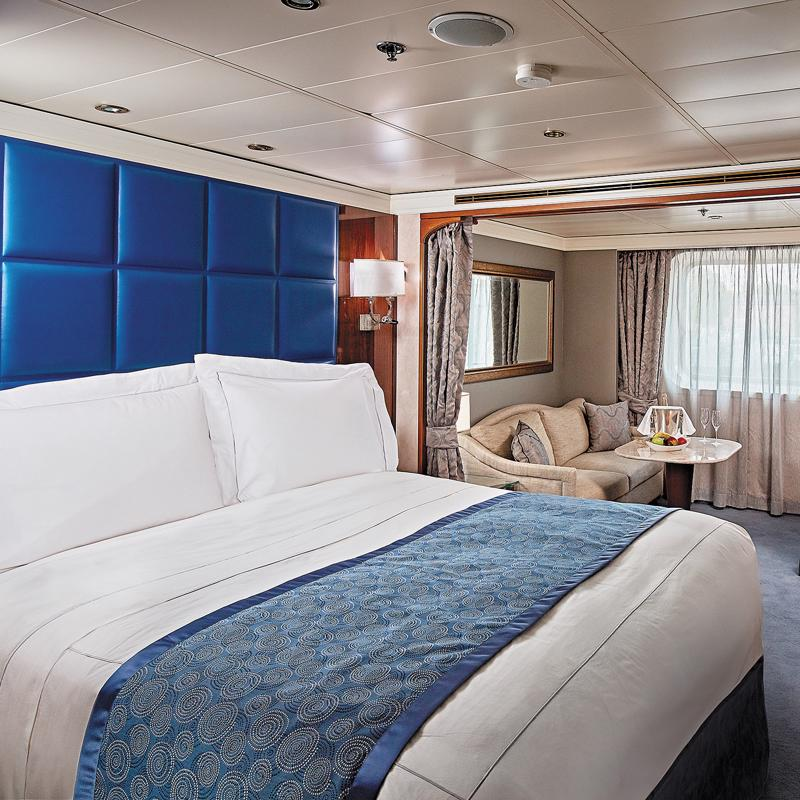 Deluxe Window Suite Regent Seven Seas Navigator