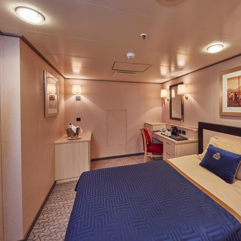 Single Inside - Cunard Queen Victoria