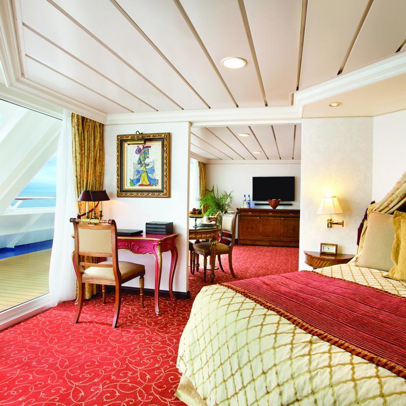 Owner's Suite - Oceania Insignia