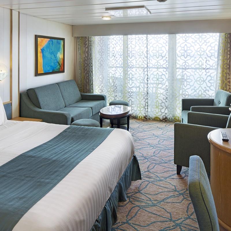 Junior Suite - Grandeur of the Seas