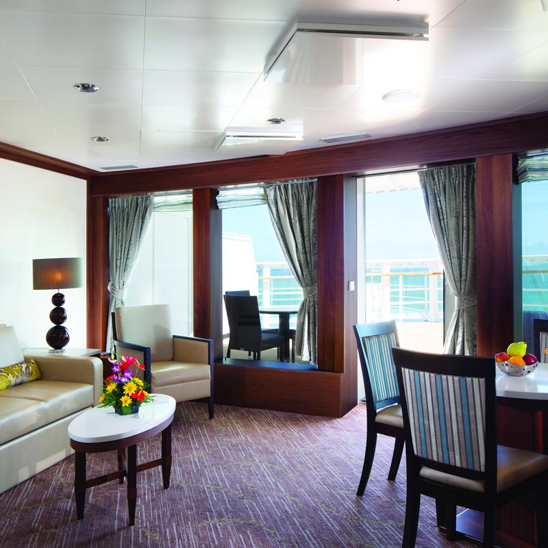 Owners Suite with Large Balcony - Pride of America