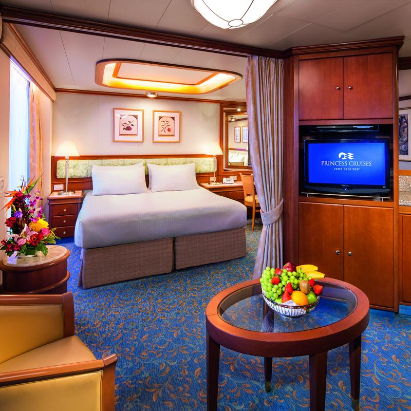 Two Bedroom Family Suite - Golden Princess