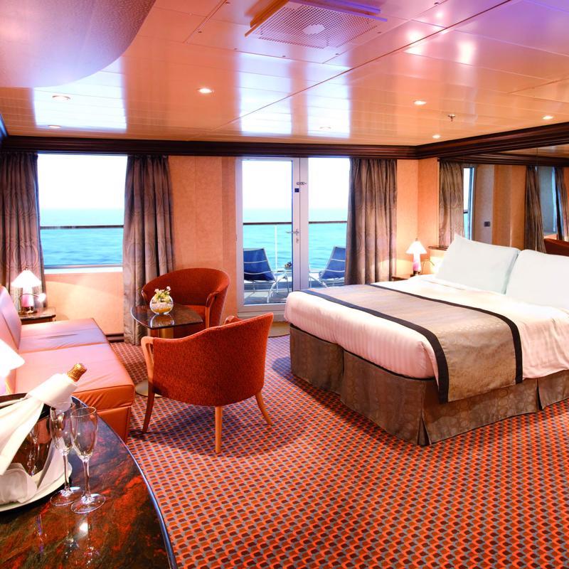 Panoramic Suite with balcony - Costa Luminosa