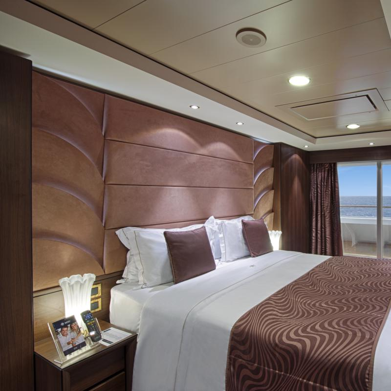 Yacht Club Deluxe Suite - MSC Fantasia