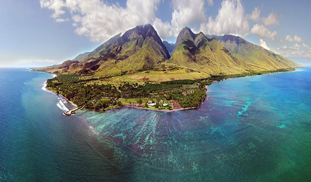 Kahului, Maui - Overnight onboard