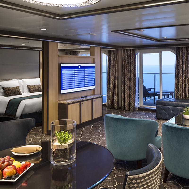 Owner's Suite - 1 Bedroom - Allure of the Seas