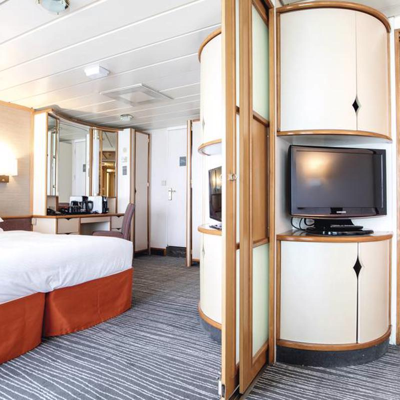 Family Suite with Balcony - Marella Discovery 2