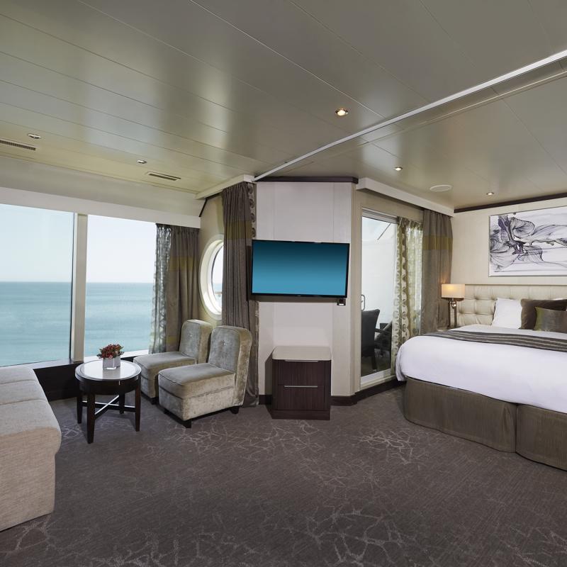 Penthouse with Balcony-Norwegian Star