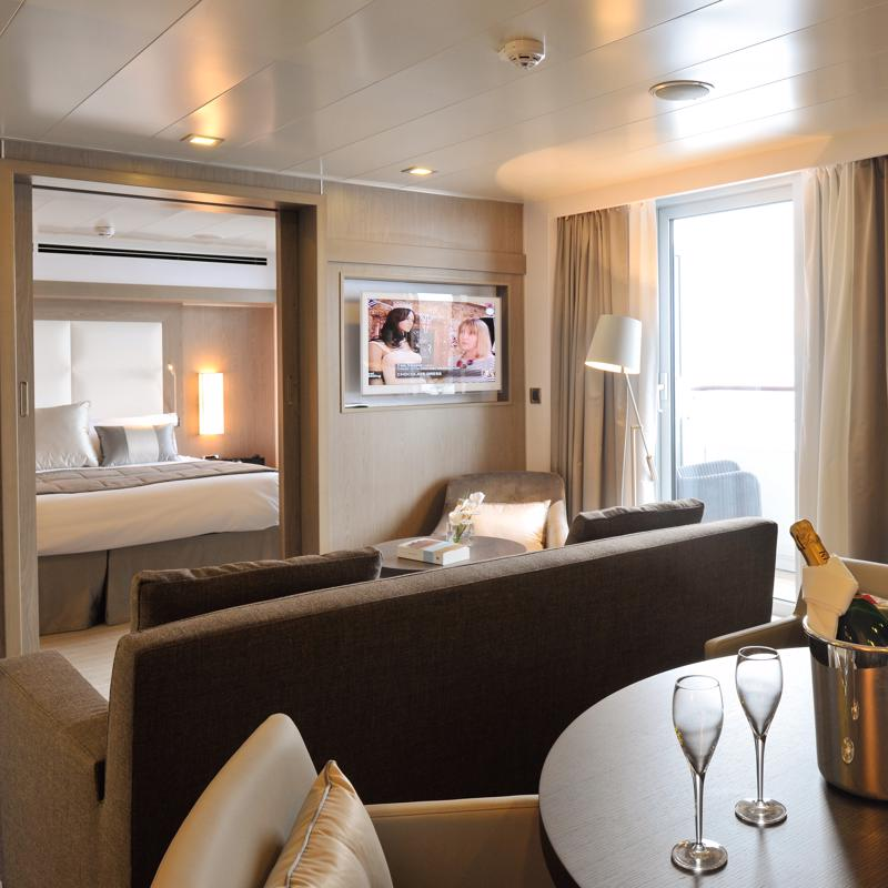 Deluxe Suite with Balcony - L'Austral