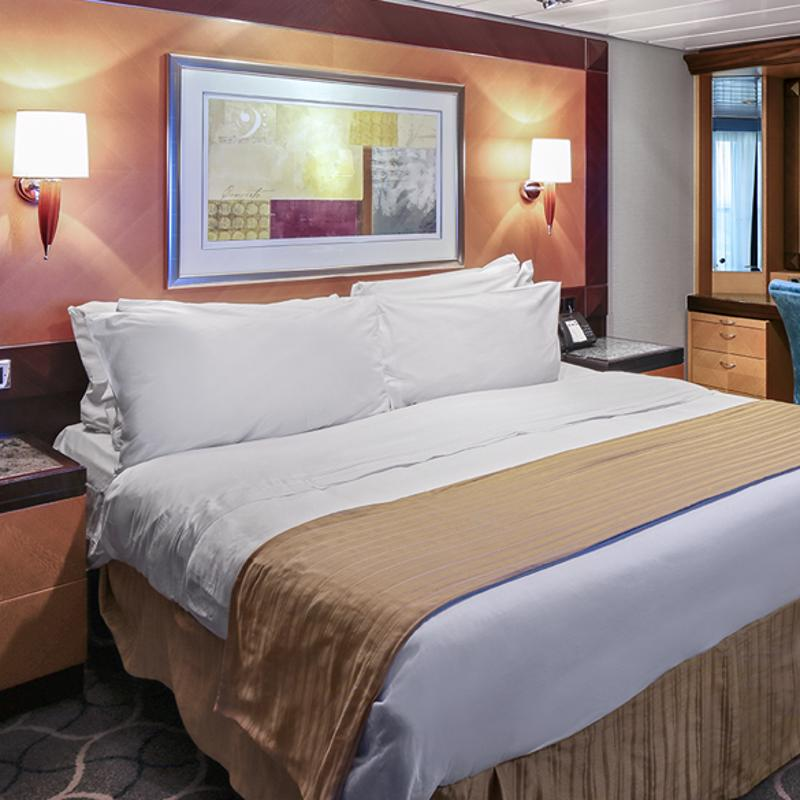 Owner's Suite - 1 Bedroom - Liberty of the Seas